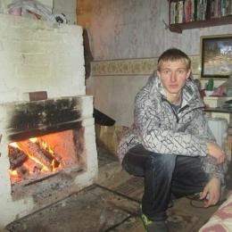 Симпатичный парень из Перми ждет приглашения в гости от девушки для интима