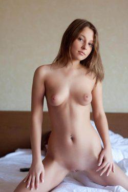 Сексуальная девушка из Перми ищет мужчину для незабываемых встреч